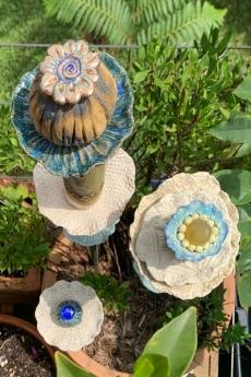 c07_Floral_sculptures
